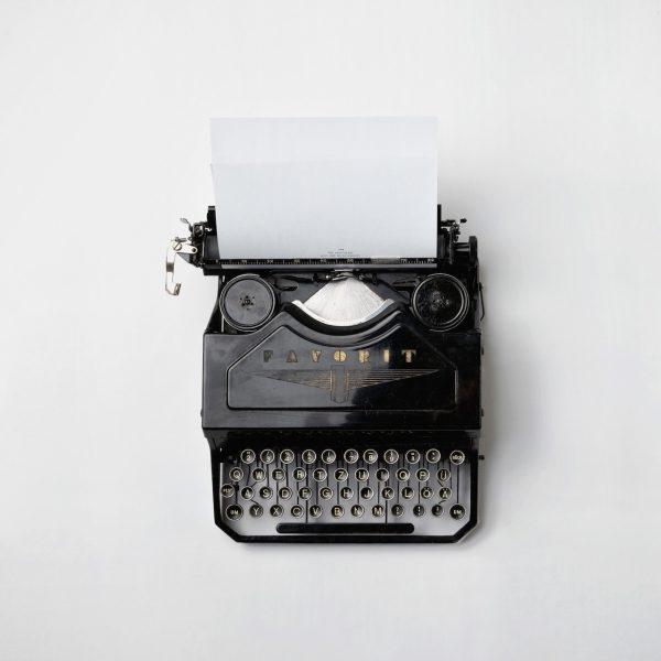 Typing Machine Florian Klauer